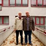 Ханс-Йоахим и Манфред познакомились по объявлению. Ханс написал: «Ищу мужчину, готового поехать в Африку». Манфред был не прочь отправиться на другой континент. С тех пор они уже 40 лет живут вместе.