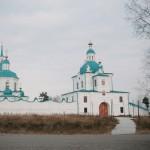 Спасо-Преображенский мужской монастырь, 1642 год. Архитектурный ансамбль монастыря сложился в основном во второй половине 18 века и является одним из наиболее целостных и живописных в сибирском зодчестве.