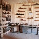 «Музей рубанка» — частное собрание сотни редких инструментов из разных стран. Женщины приходят в замешательство, мужчины — в восторг.