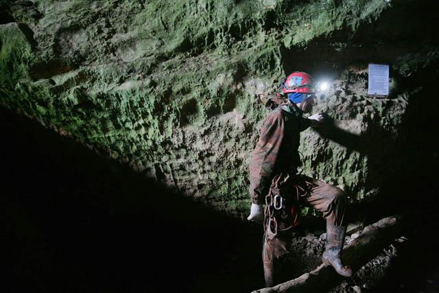 Поход в пещеру может занять от трёх-пяти часов до нескольких суток, в зависимости от сложности и протяжённости маршрута.