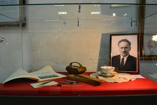 Экспозиция, посвящённая архитектору А. Д. Крячкову