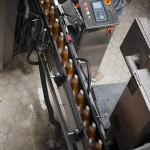 Производительность линии: кеги — 110 в час, банки — 40 тысяч в час, бутылки 50, 20 и 12 тысяч в час.