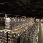 Урал, Дальний Восток и Сибирь получают пиво с этого склада.