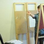 В учебном году в студии проходят занятия по курсам и работа над проектами, а летом — «детская площадка». Сейчас ребята-абитуриенты также готовятся здесь к творческим экзаменам.