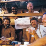 8.В 1969 и 1970 годах Тур Хейердал попытался пересечь Атлантический океан и соорудил папирусные лодки «Ра» и «Ра-1», спроектированные по рисункам и макетам лодок Древнего Египта. Команда экспедиции была международной, в частности, в ней участвовал советский врач Юрий Сенкевич.