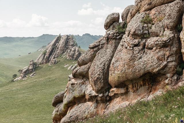 Табун каменных лошадей
