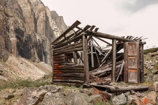 Посёлок геологов Нежил (6)